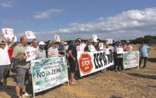 Una imagen de la concentración de cazadores celebrada ayer en la finca Talapí. Maria Antónia Crespí